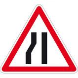 """Panneau A3b """"chaussée rétrécie par la gauche"""""""