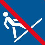 Pictogramme monter le toboggan à pied interdit