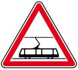 """Panneau A9 """"traversée de voies de tramways"""""""