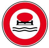 """B18b """"Accès interdit aux véhicules transportant des marchandises polluant les eaux"""""""