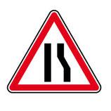 """Panneau A3a """"chaussée rétrécie par la droite"""""""
