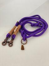 Violett mit kupferfarbigem Wirbelkarabiner