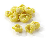 Tortellini vitello e prosciutto, frische Eierteigwaren mit Mortadella-Schinken-Kalbfleisch-Füllung
