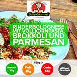 Rinderbolognese, Vollkornpasta, Brokkoli, Parmesan
