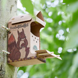 Freilichtbuffet Eichhörnchen