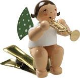 Engelmusikant auf Klemme, mit Trompete
