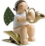 Engelmusikant auf Klemme, mit Waldhorn