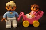 Duplo Mutter mit Kind/Baby im Kinderwagen als Set
