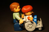Duplo Mann mit Kind im Rollstuhl