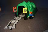 Duplo Tunnel als Set mit 2 grauen Kurven