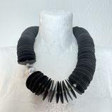 Kollier Textil schwarz