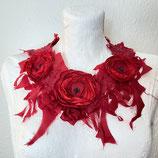 Blumenkollier Seide rot