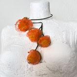 Florale Kette orange/Grün