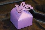Schmetterling Tischdekoration mit Truffes lila