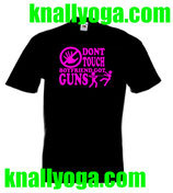 Knallyoga.com - Dont Touch - Girlfriendshirt :-)