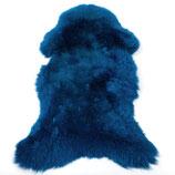Peau de mouton teintée bleu dur