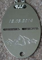 Bergwelt mit Datum