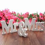 Mr & Mrs Holzaufsteller