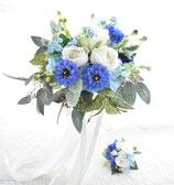爽やかなブルーとホワイトのナチュラルクラッチブーケ(造花)