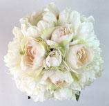 白いシャクヤクとバラのグランブーケ(造花クラッチブーケ)