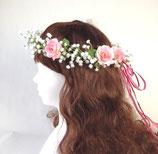 カスミソウとミニバラの花冠