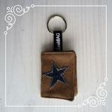 Schlüsselanhänger beige/Stern Jeans dunkel