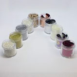 Bij aankoop van 10 ink additions Glitters of Foils + 3 Gratis*