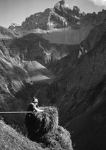 Postkarte: Arbeit am Berg