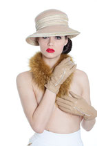 Clamare leather gloves beige