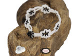bracelet au crochet Adronie coton Oeko-Tex blanc, Rocailles de Bohème noir brillant