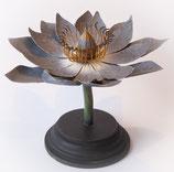 Botanische replica lotus bloem