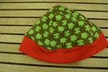 WENDE-BEANIE-Mütze grün mit Puzzleteile  GRÖSSE: ca. 74