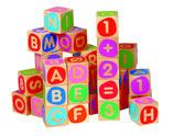 Micki: Bausteine mit Buchstaben und Zahlen