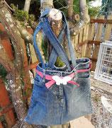 Jeans-Tasche mit Schmetterling