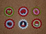 Mini Button nach Wahl (Frosch, Marienkäfer, Auto, Segelschiff, Pilz oder Erdbeere)