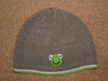 """Mütze """"Kleiner Frosch"""", taupe mit grün / weißem Rand"""