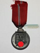 Medaille Winterschlacht im Osten 1941/42 mit Bandabschnitt (5)