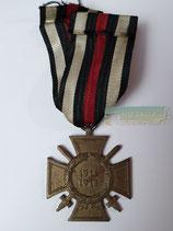 Ehrenkreuz für Frontkämpfer - L. NBG. mit Bandabschnitt (3)