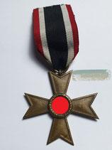 Kriegsverdienstkreuz 2. Klasse ohne Schwerter mit Bandabschnitt