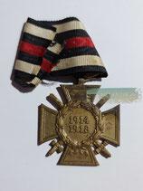Ehrenkreuz für Frontkämpfer - N.&H. mit Bandabschnitt
