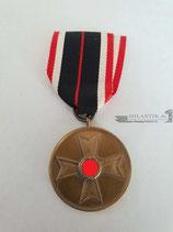 Kriegsverdienst Medaille 1939 mit Bandabschnitt