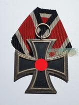 Eisernes Kreuz  2. Klasse - Ohne Herstellermarkierung mit Bandabschnitt