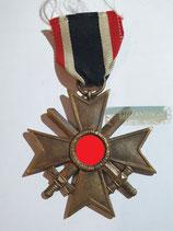 Kriegsverdienstkreuz 2. Klasse mit Schwertern und Bandabschnitt (4)