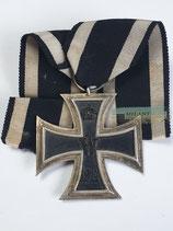 Eisernes Kreuz 2. Klasse 1914 - mit Bandabschnitt (3)