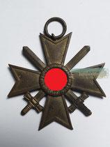 Kriegsverdienstkreuz mit Schwerter 2. Klasse - Hst. 19