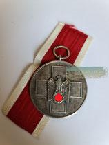 Medaille für deutsche Volkspflege mit Bandabschnitt