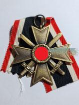 Kriegsverdienstkreuz mit Schwerter 2. Klasse - Hst. 33