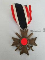 Kriegsverdienstkreuz 2. Klasse mit Schwertern und Band (2)