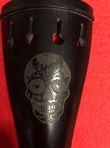 Saitenhalter mit Totenkopf/Skull