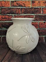 bauchige Vase mit aufgelegten Libellen